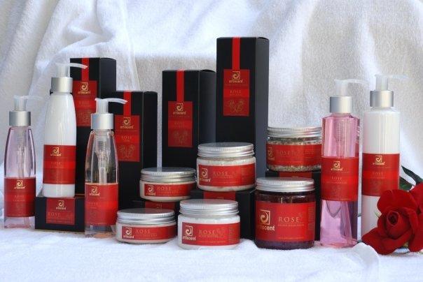 Artiscent-Luxe-Rose-Spa-Valentijn-Gezicht-Behandeling-in-Alkmaar-bij-Artiscent-Wellness-Kanaalkade-48-Alkmaar
