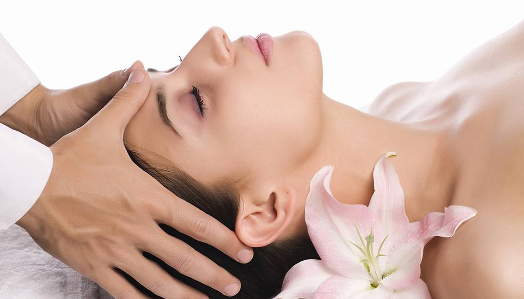 Gezicht Spa Massage Behandeling in Alkmaar